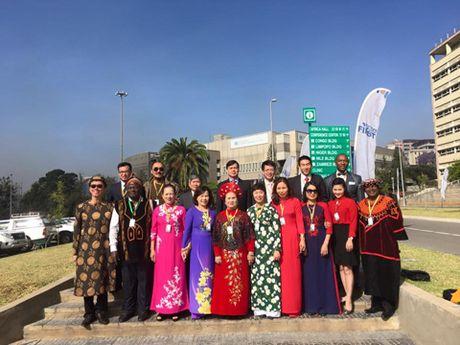 DUY NHAT 'Tin nguong tho Mau' duoc UNESCO vinh danh ma khong can thao luan - Anh 5