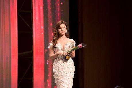 Bi Phan Thanh 'choi vo dau', Midu len nhu dieu gap gio - Anh 3