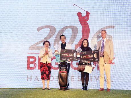 6,5 ty dong tien thuong da duoc trao tai giai golf BRG Ha Noi 2016 - Anh 1