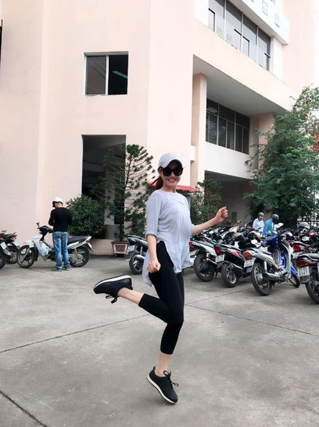 Khong ngo Nha Phuong ngoai doi lai 'noi loan' the nay - Anh 21