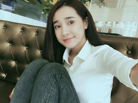 Khong ngo Nha Phuong ngoai doi lai 'noi loan' the nay - Anh 6
