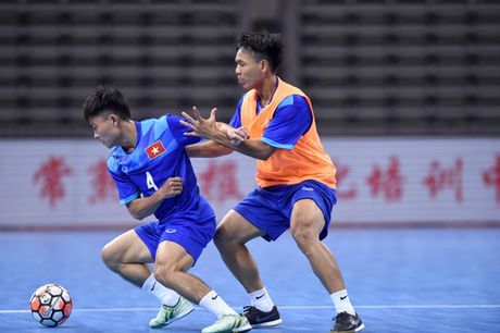 DT Futsal Viet Nam hung phan truoc tran gap doi hang 10 the gioi - Anh 1