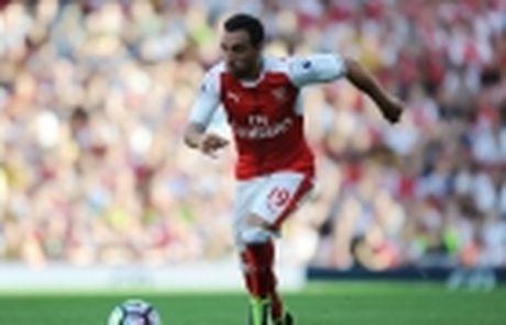 Phau thuat thanh cong, sao Arsenal can 3 thang de binh phuc - Anh 2