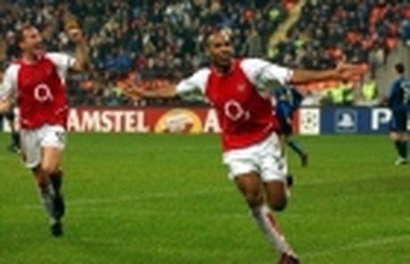 Diem tin sang 02/12: Xong tuong lai Carrick; Sao Arsenal nghi dai han - Anh 5