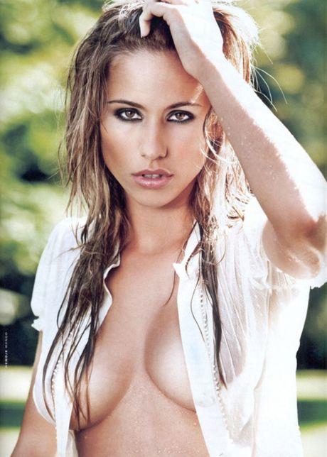Gaelle Garcia Diaz - my nhan bo sao M.U, theo sao M.C - Anh 7