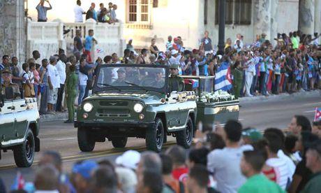 La Havana tien dua Lanh tu Fidel Castro - Anh 1