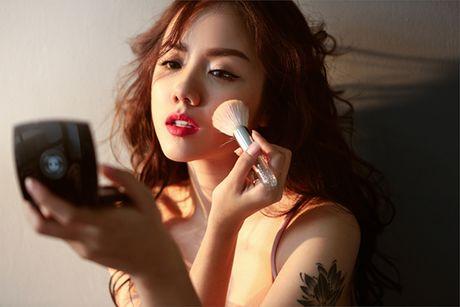 Hot girl Phuong Ly khong can ho van dep sexy, hut mat - Anh 3