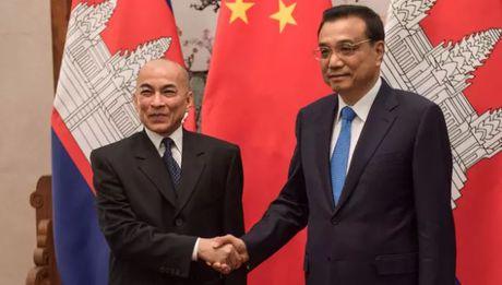 Trung Quoc thue 20% chieu dai bo bien Campuchia trong 99 nam - Anh 1
