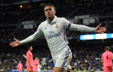 Tin nong Sieu kinh dien Barca – Real: Ronaldo suyt la nguoi Barca - Anh 3