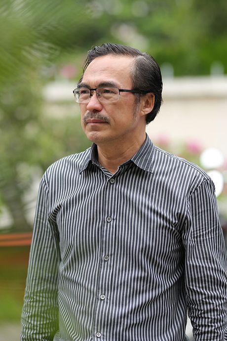 Nghe si Quang Ly qua doi: Con gai, con trai nuc no ben canh linh cuu cha - Anh 8