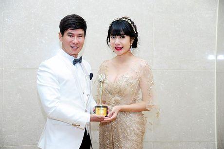 Midu im lang, Ly Hai phan phao loi to nhan giai 'ao lang' xu Han - Anh 1
