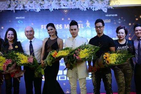 Nguyen Vu lan dau ngoi ghe nong cuoc thi 'Tim kiem nguoi mau the hinh Viet Nam' - Anh 2