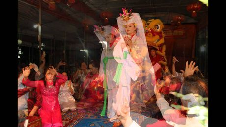 'Tin nguong tho Mau' duoc UNESCO cong nhan la 'Di san Phi Vat the' - Anh 2