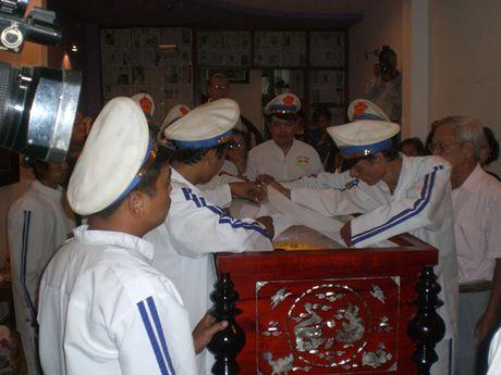 NSND Tran Hieu thuong tiec NSUT Quang Ly - Anh 7