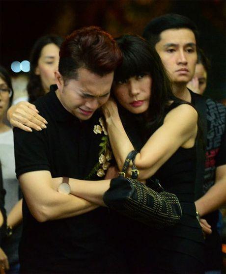 Sao Viet khoc lang truoc linh cuu NSUT Quang Ly - Anh 3