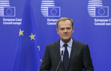 EU tiep tuc gia han lenh trung phat Nga - Anh 1