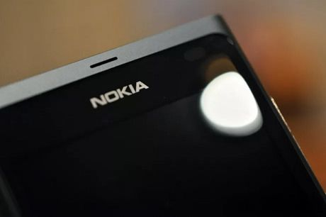 Dau nam 2017: Smartphone Nokia 'tai xuat' - Anh 1