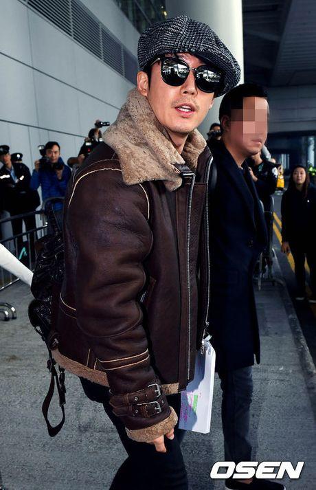 Lee Min Jung xuat hien cung chong tai Hong Kong - Anh 10