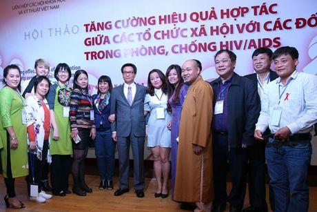 Chung tay cham dut dai dich HIV/AIDS vao nam 2030 - Anh 2