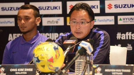 HLV Malaysia va Campuchia khon kho vi bi loai som o AFF Cup 2016 - Anh 1