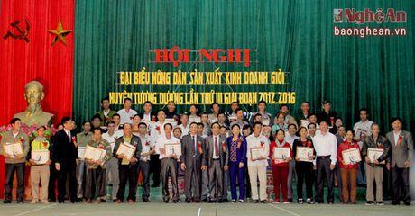Hang nghin nong dan vung bien Que Phong, Tuong Duong san xuat gioi - Anh 2