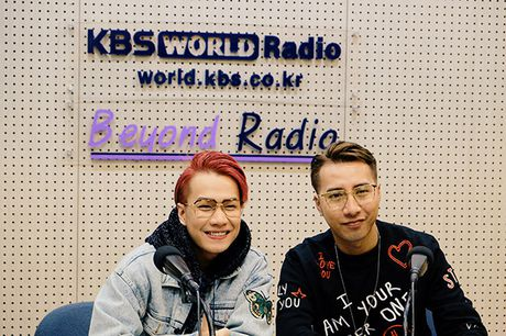 Only C va Lou Hoang vinh du duoc dai KBS Han Quoc moi phong van - Anh 1