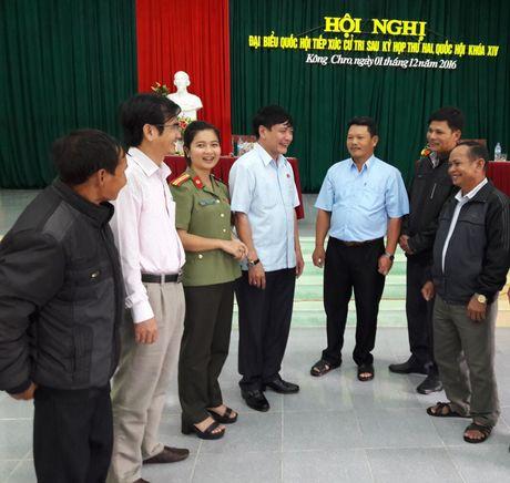 Gia Lai: Chu tich Tong LDLDVN Bui Van Cuong tiep xuc cu tri huyen Dac Po - Anh 1