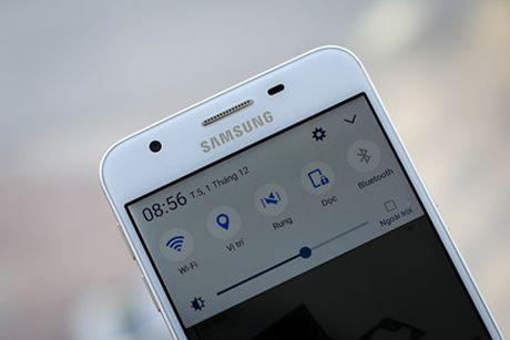 Galaxy J5 Prime - smartphone re nhat cua Samsung co khoa van tay - Anh 4