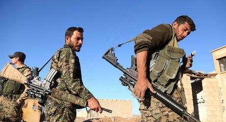 Tinh den mot Syria hau chien, My lay chien dich Raqqa lam bai tay - Anh 2