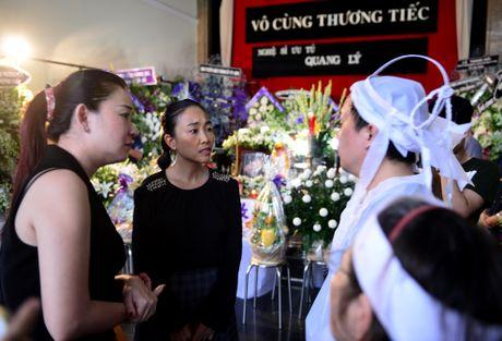 Con gai Quang Ly ve nuoc khoc nuc no ben linh cuu cha - Anh 11