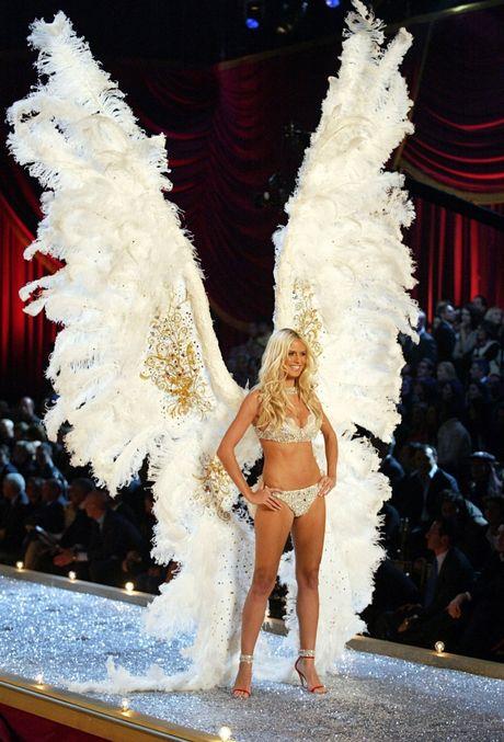 Nhung bi mat dang sau thuong hieu Victoria's Secret dinh dam - Anh 5