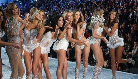 Nhung bi mat dang sau thuong hieu Victoria's Secret dinh dam - Anh 6