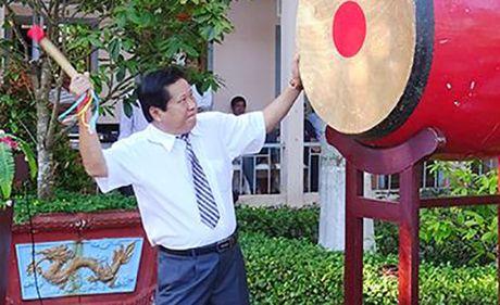 Chu tich huyen Phu Quoc dot quy - Anh 1