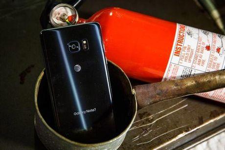 Samsung bat tay nha mang chan ket noi cua Galaxy Note 7 - Anh 1