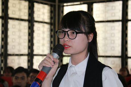 Nu sinh hoi luong 2.000 USD: 'Toi khong ao tuong suc manh' - Anh 1