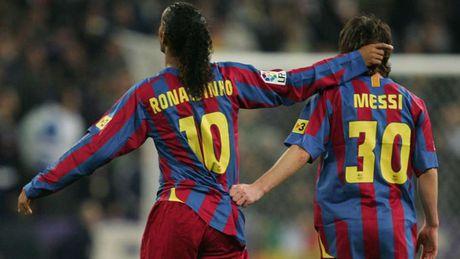 Diem lai nhung 'dau giay' cua Messi trong cac tran Sieu kinh dien - Anh 1
