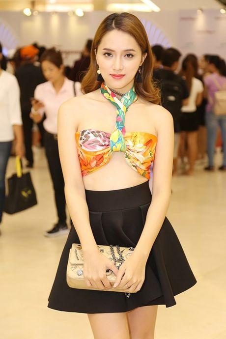 Huong Giang Idol 'nghien' phuc trang sexy bien tau tu bikini - Anh 3