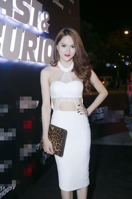 Huong Giang Idol 'nghien' phuc trang sexy bien tau tu bikini - Anh 7