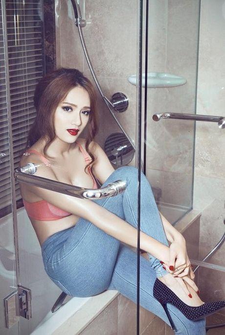 Huong Giang Idol 'nghien' phuc trang sexy bien tau tu bikini - Anh 9