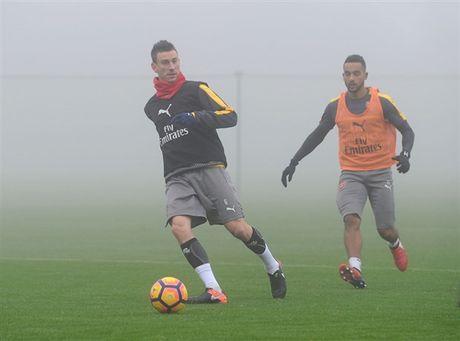 Arsenal ngap chim trong suong mu truoc gio 'chien' Man City - Anh 4