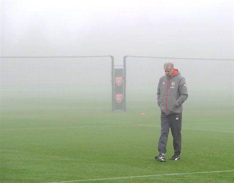 Arsenal ngap chim trong suong mu truoc gio 'chien' Man City - Anh 5