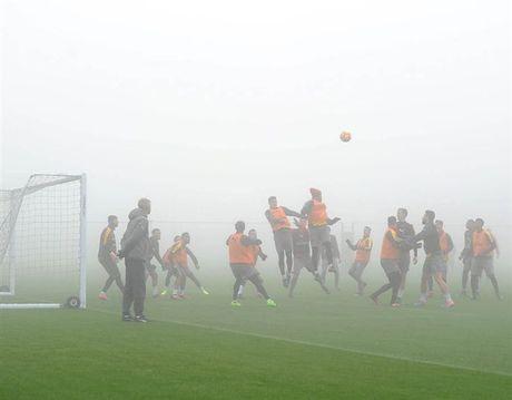 Arsenal ngap chim trong suong mu truoc gio 'chien' Man City - Anh 9