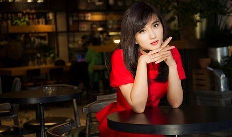 Dien vien Kim Tuyen: Muon toa sang, phai chay het minh voi dam me - Anh 1