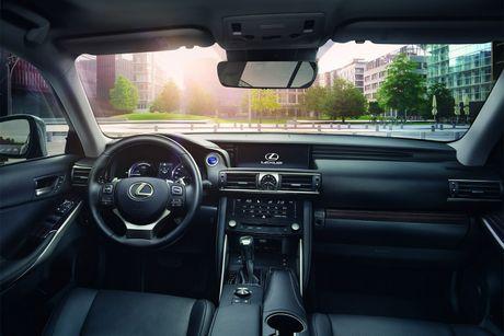 Lexus IS 2017 co gia tu 37.495 USD - Anh 5