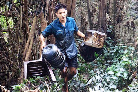 Nguoi dan vung lu Binh Dinh: 'Nuoc het, co mi cung chang the an' - Anh 1