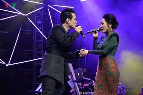 Ha Anh Tuan - Phuong Linh: Cap doi troi sinh de danh cho nhau - Anh 1