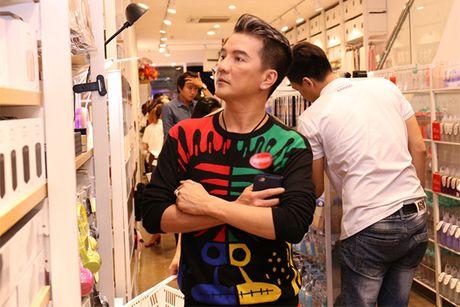 Huong Giang Idol mac ho tren ho duoi di event - Anh 4