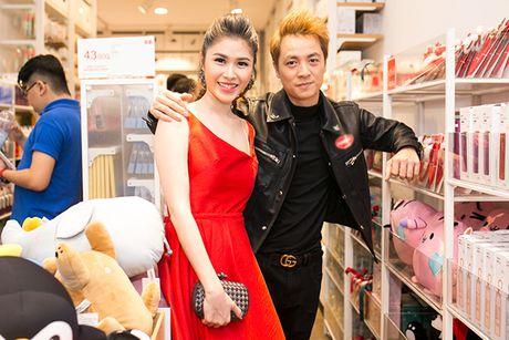 Huong Giang Idol mac ho tren ho duoi di event - Anh 7
