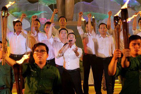 Dac sac chuong trinh 'Loi Bac vang mai khuc quan hanh' - Anh 10