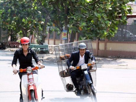 Phim 'Ve si Sai Gon': 'Tan cong' vao chi em khan gia xu Viet - Anh 1